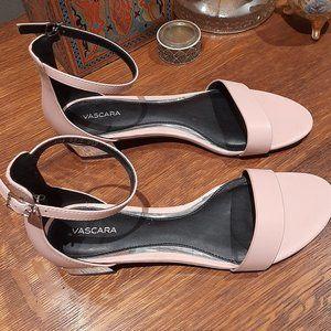 Vascara Pink Sandles Size 7